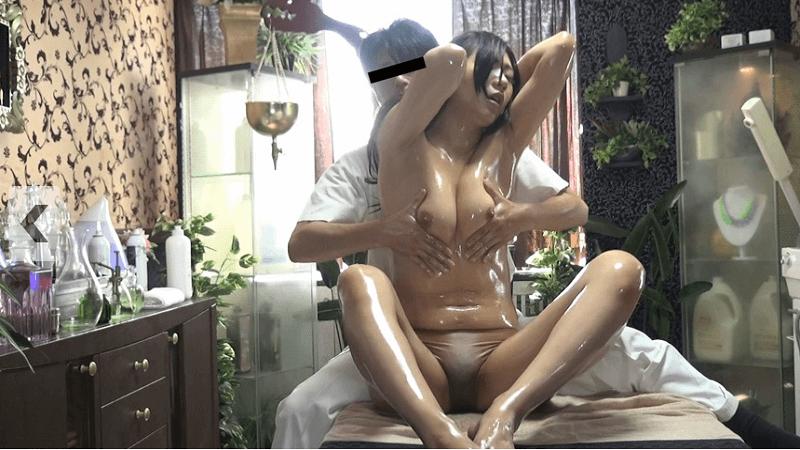【人妻中出し動画】エステの性感マッサージで極限まで焦らされ連続絶頂!
